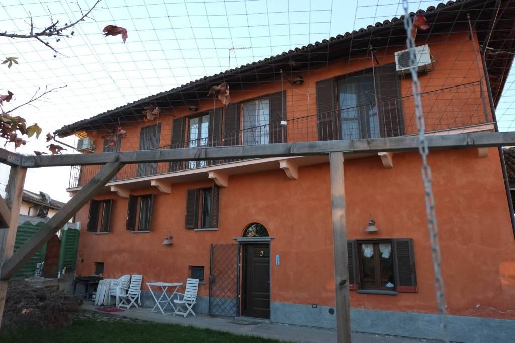Foto 1 di Villa via Cernaia 27, Savigliano