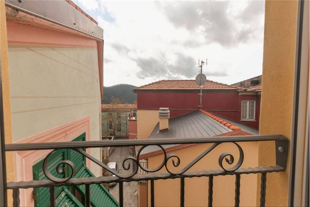 Foto 1 di Villa via San Martino, 39, frazione Bargone, Casarza Ligure