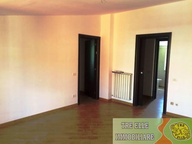 Appartamento in buone condizioni in vendita Rif. 7139976