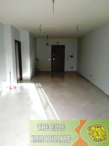 Appartamento in buone condizioni in vendita Rif. 6524371