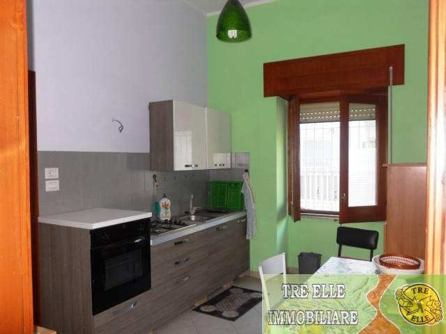 Appartamento in buone condizioni in vendita Rif. 6332477