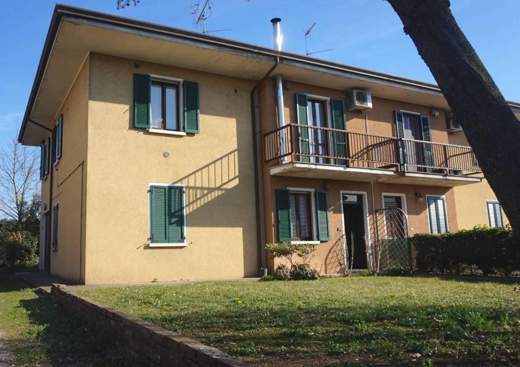 Villa in vendita a Remedello, 7 locali, prezzo € 143.000 | PortaleAgenzieImmobiliari.it