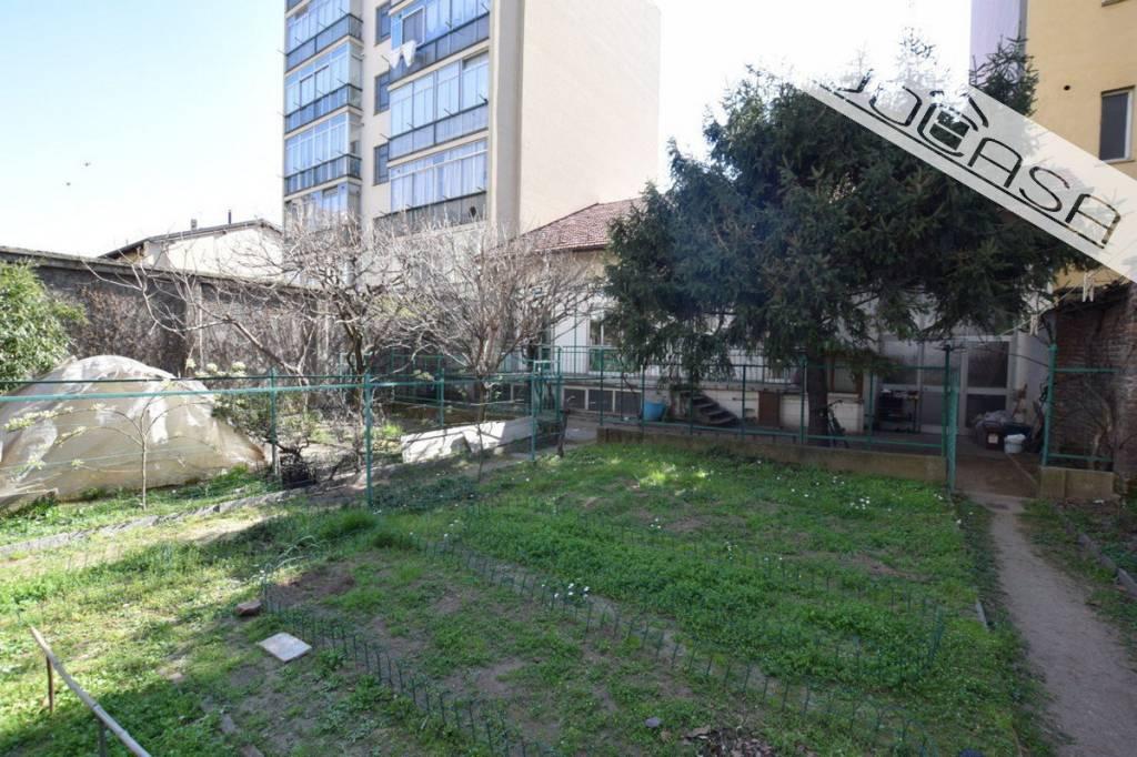 Foto 1 di Villetta a schiera via Imperia 7, Torino (zona Mirafiori)