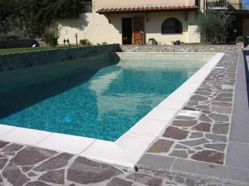 Appartamento in vendita a Greve in Chianti, 6 locali, prezzo € 490.000 | PortaleAgenzieImmobiliari.it