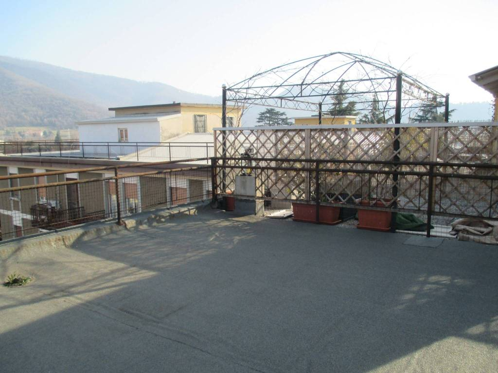 Appartamento in vendita via Ambaraga 85 Brescia