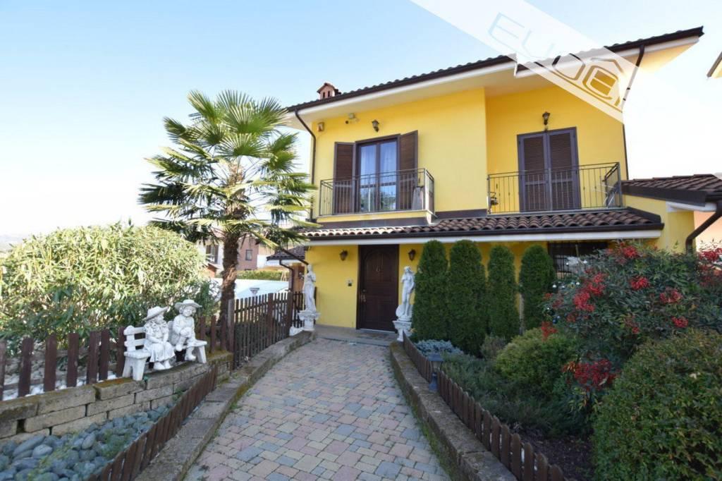 Villa in ottime condizioni in vendita Rif. 8691345