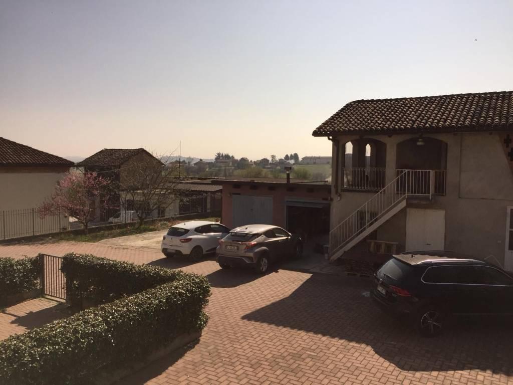 Foto 1 di Quadrilocale via Gorra 43, frazione Gorra, Montegrosso D'asti