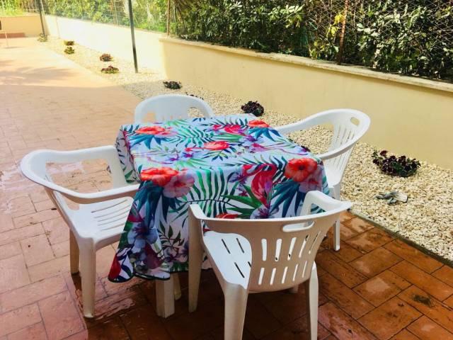 Appartamento in ottime condizioni arredato in affitto Rif. 7240967