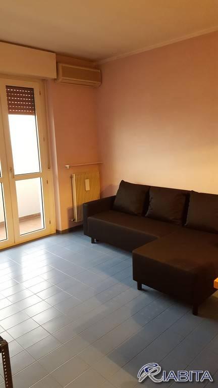 Appartamento in Affitto a Piacenza Periferia Sud: 3 locali, 90 mq