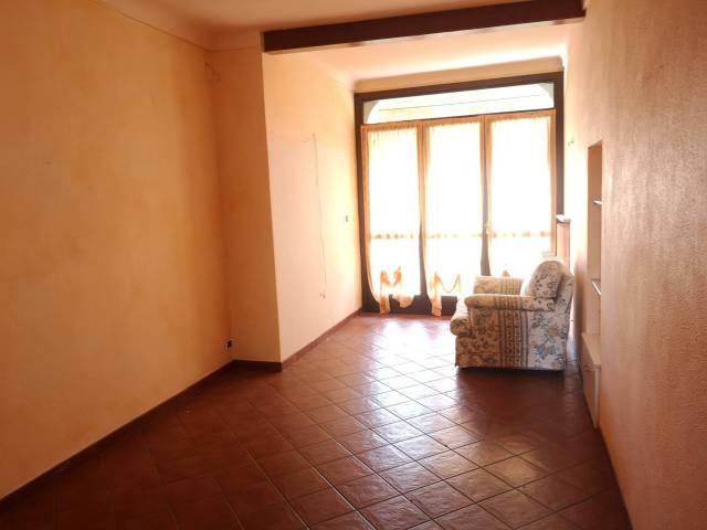Appartamento in buone condizioni in vendita Rif. 7171611