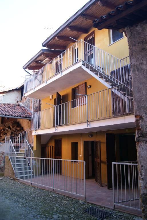 Foto 1 di Casa indipendente via Trieste, Pavone Canavese