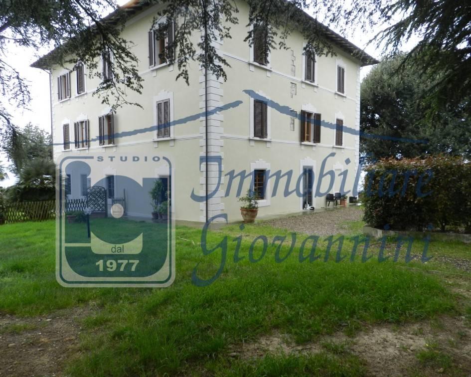 Villa in ottime condizioni parzialmente arredato in vendita Rif. 8315566