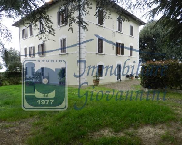 V1018 villa Secolare completamente ristrutturata nel 2000