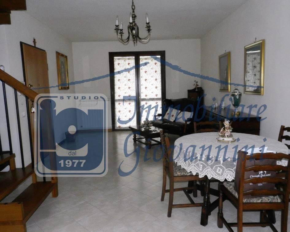 Rif. V1019: appartamento in villette pluri familiari