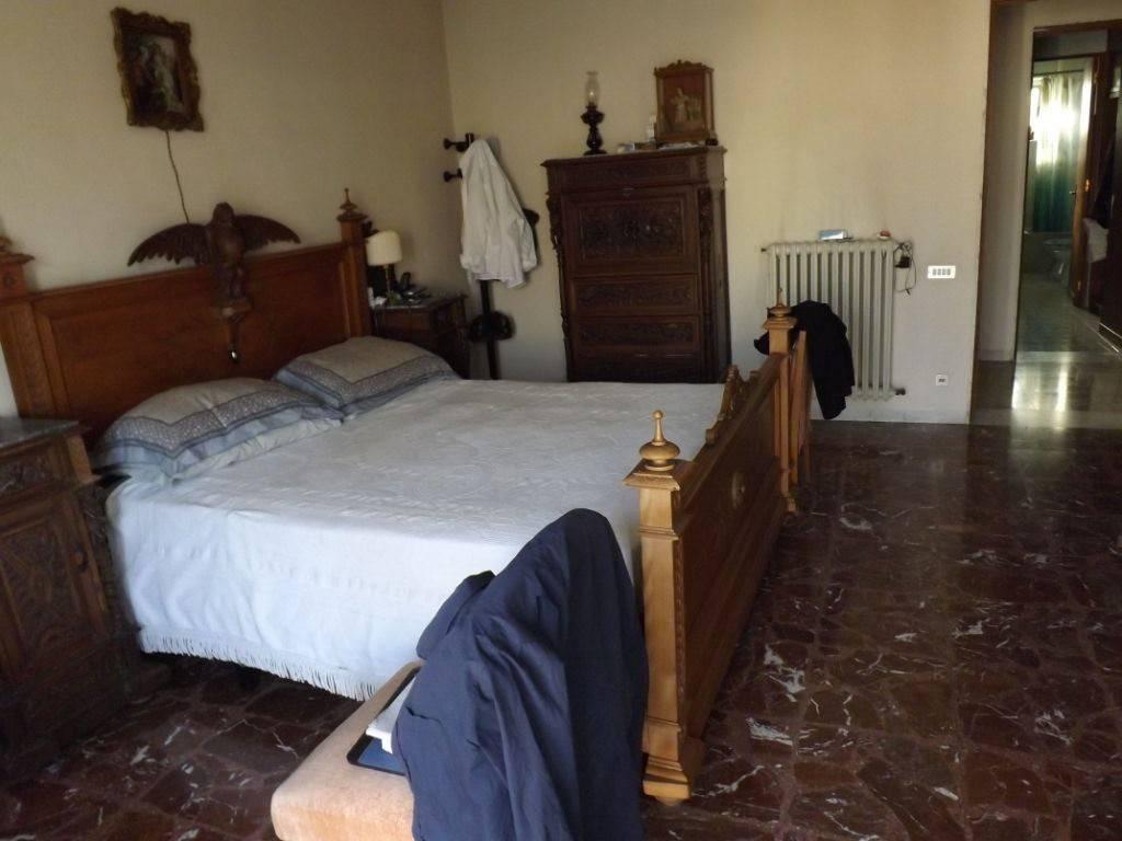 Appartamento in Vendita a Lecce Centro:  5 locali, 150 mq  - Foto 1