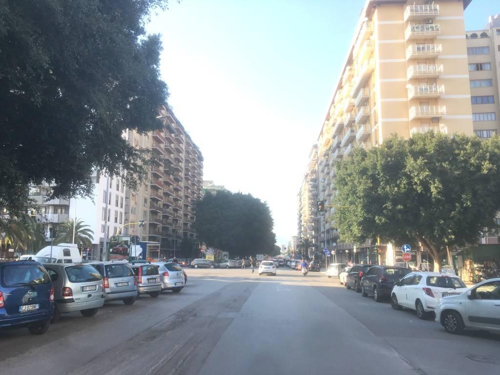 Appartamento in Affitto a Palermo Centro: 5 locali, 180 mq