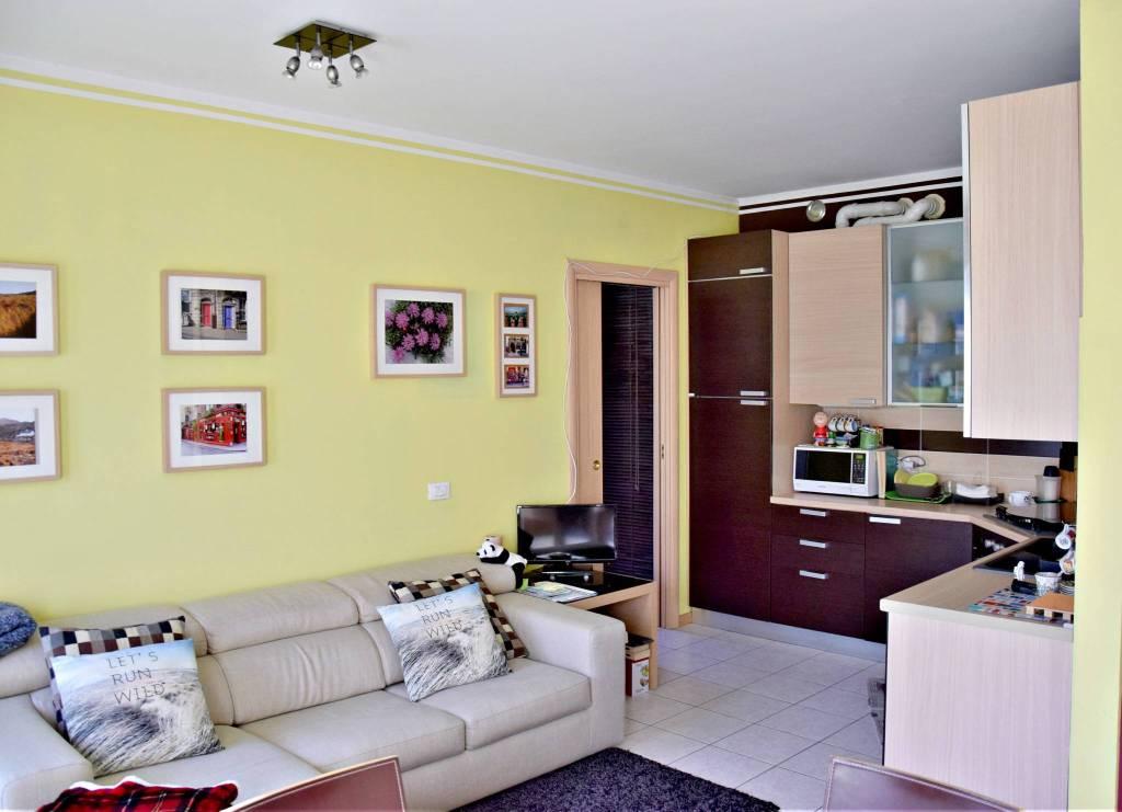 Appartamento in vendita via Natale Perego Vaprio d'Adda