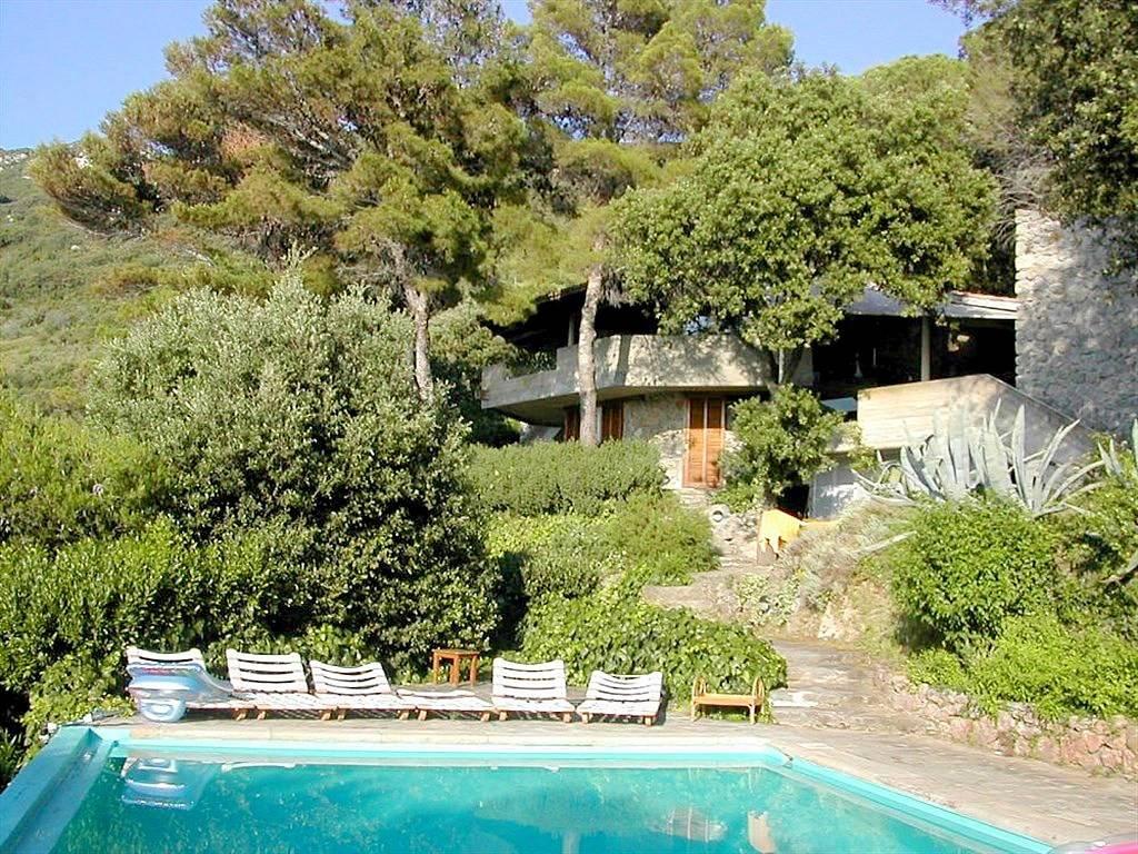 Villa in affitto a Monte Argentario, 15 locali, Trattative riservate | CambioCasa.it
