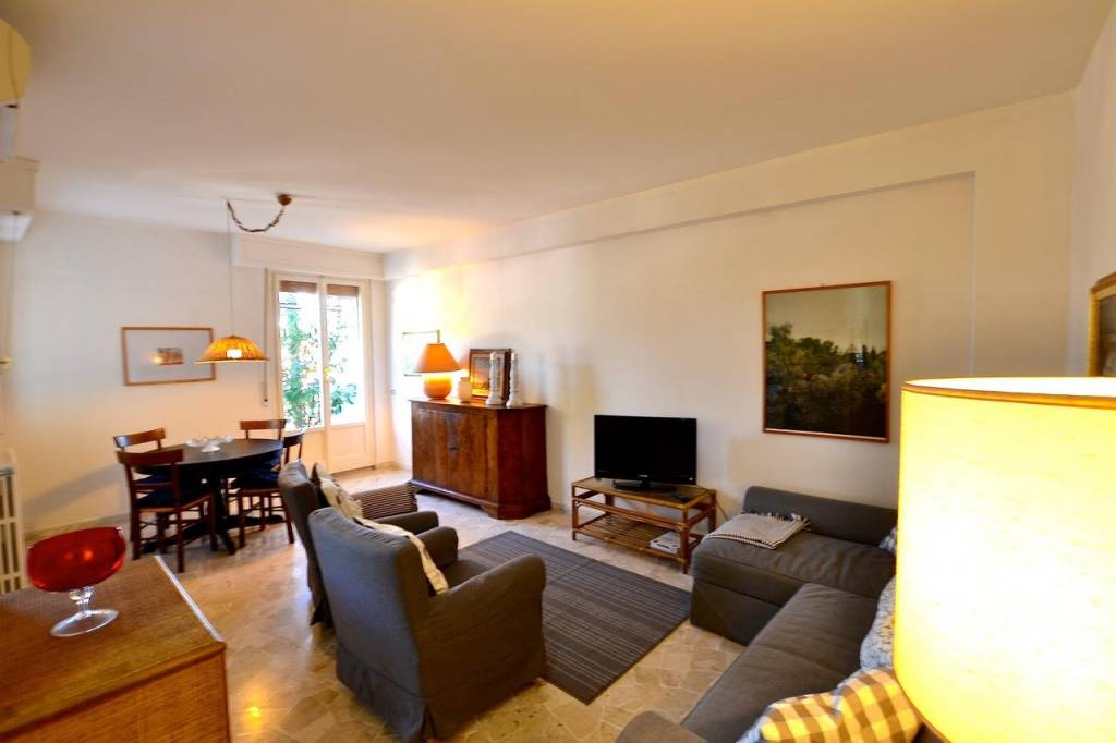 Appartamento in vendita a Forte dei Marmi, 5 locali, prezzo € 450.000   PortaleAgenzieImmobiliari.it