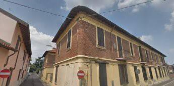 Appartamento in buone condizioni in vendita Rif. 8834186