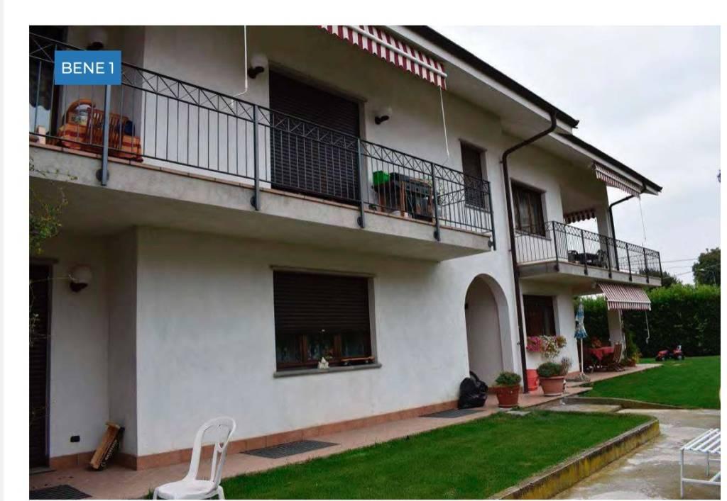 Foto 1 di Appartamento vicolo Varaitina 14, Costigliole Saluzzo