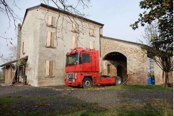 Rustico / Casale in vendita a Moglia, 4 locali, prezzo € 88.613 | PortaleAgenzieImmobiliari.it