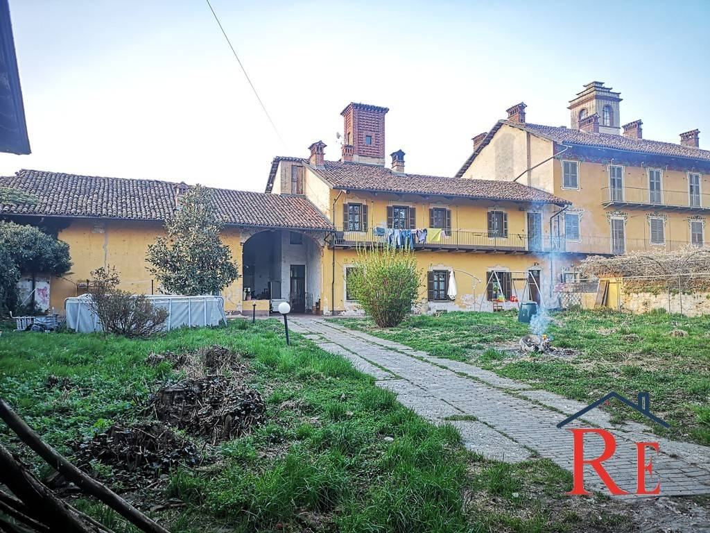 Foto 1 di Villa Frazione Mottura 29, Villafranca Piemonte