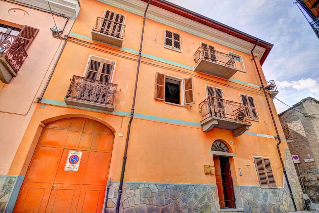 Foto 1 di Quadrilocale via Piave 9, Bussoleno