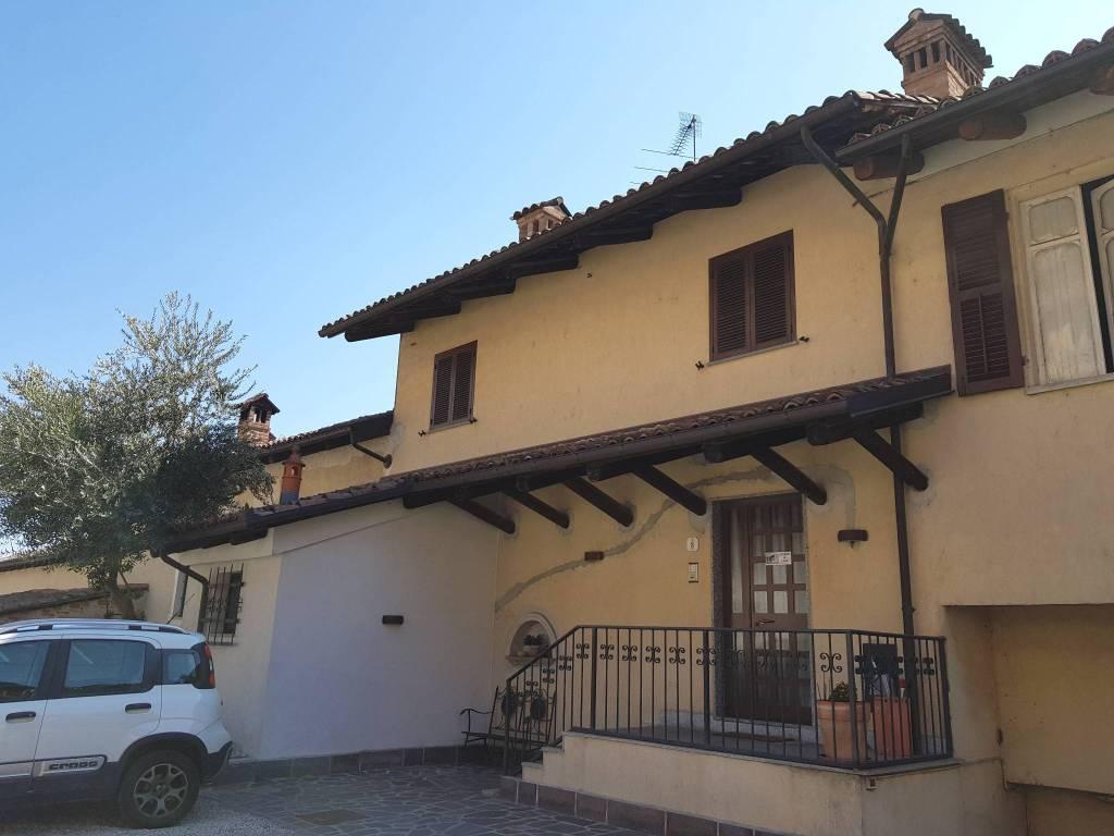 Foto 1 di Villa via Roma, Castellinaldo