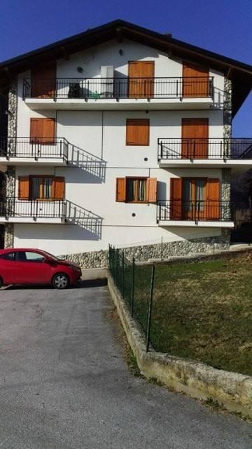 Foto 1 di Trilocale via San Rocco, Frassino