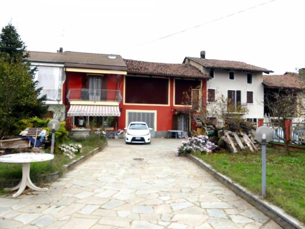 Foto 1 di Villetta a schiera via Giacomo Leopardi 4, frazione Favari, Poirino
