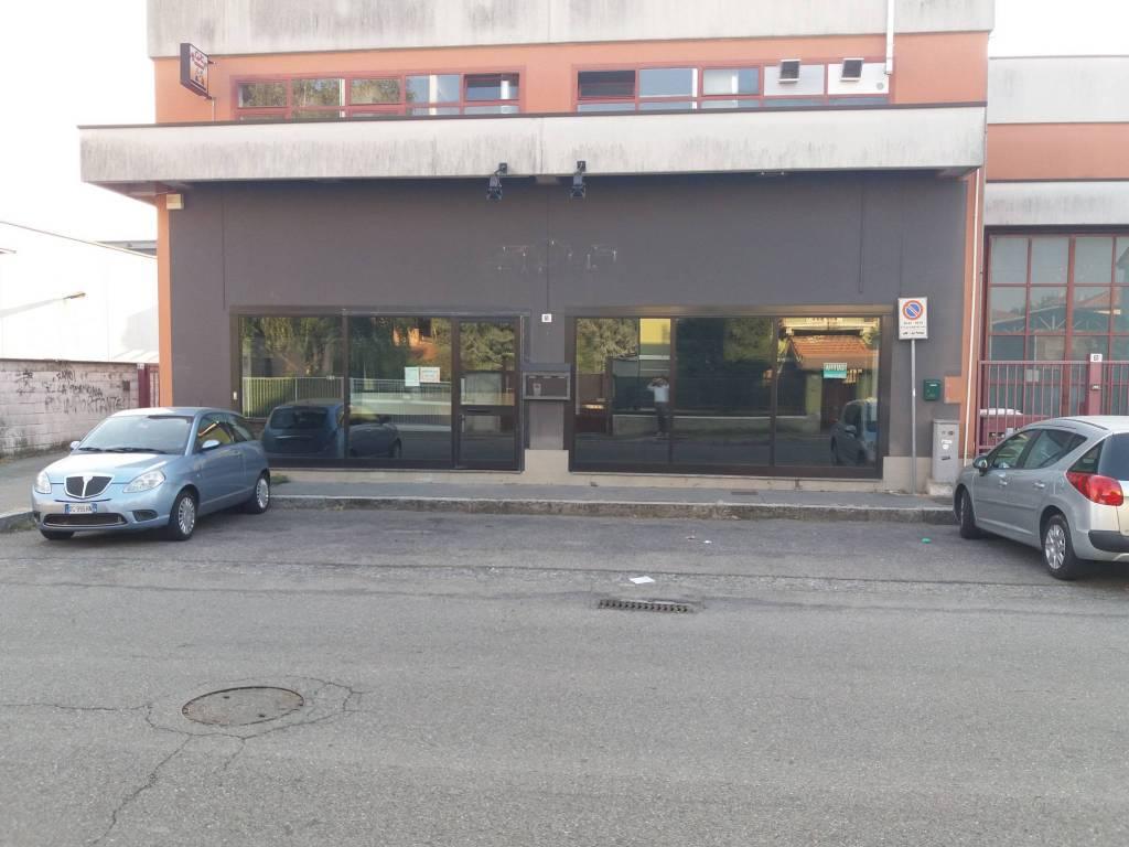 Negozio / Locale in affitto a Legnano, 9999 locali, prezzo € 2.500 | PortaleAgenzieImmobiliari.it