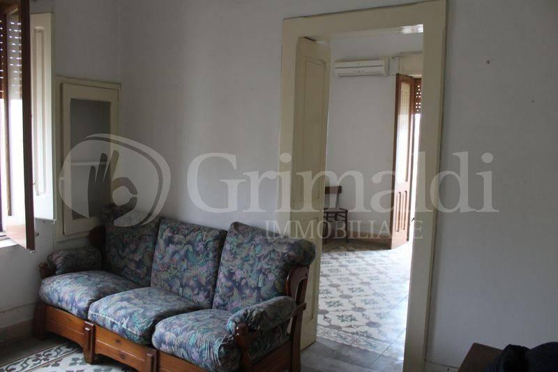 Casa indipendente in Vendita a Tuglie Centro: 4 locali, 77 mq