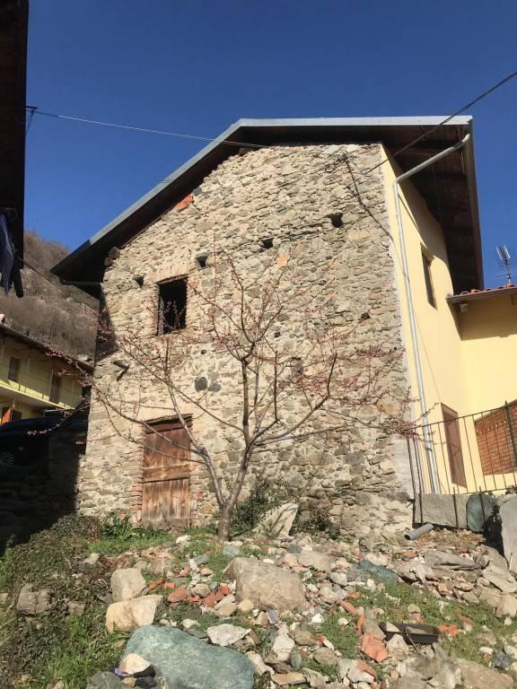 Foto 1 di Rustico / Casale Borgata Poisatto 38, Condove