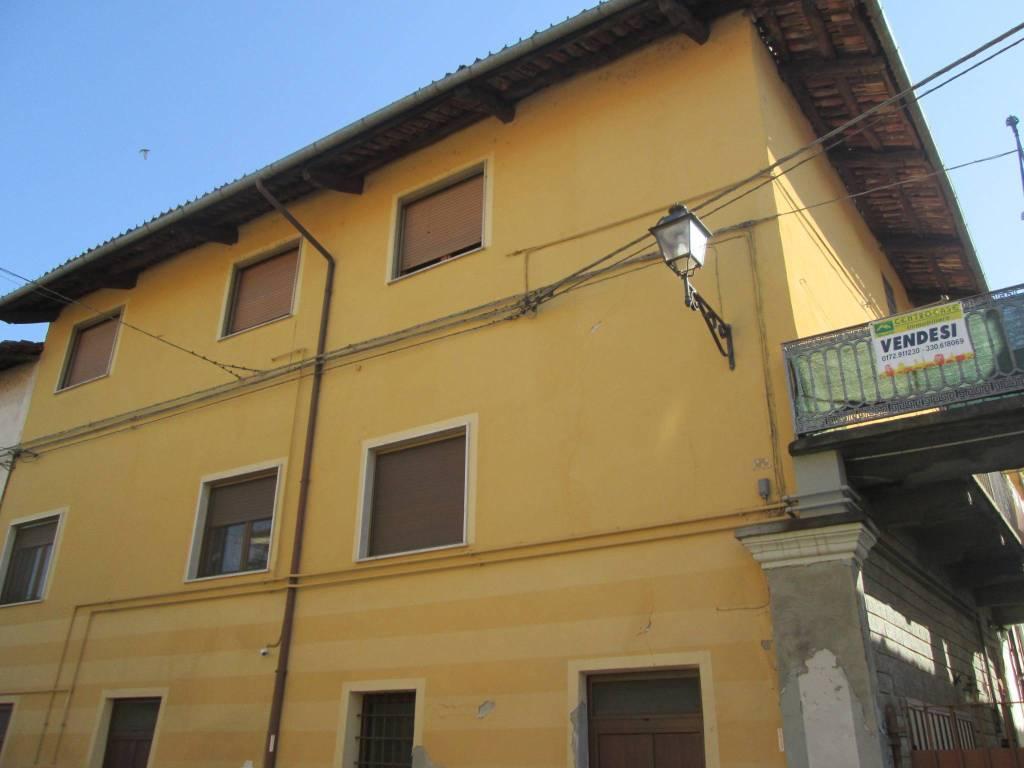 Foto 1 di Quadrilocale via San Rocco 14, Moretta