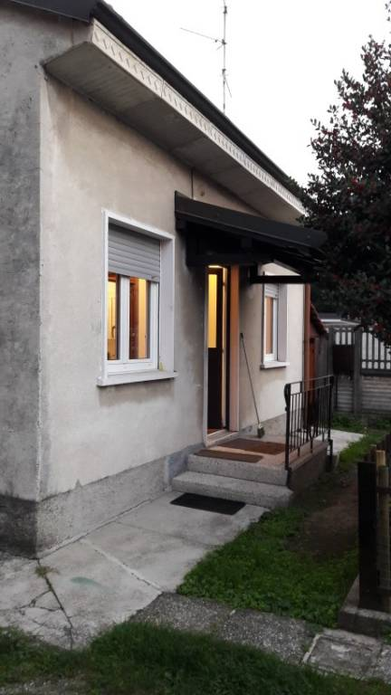 Appartamento in affitto a Solaro, 1 locali, prezzo € 500 | PortaleAgenzieImmobiliari.it