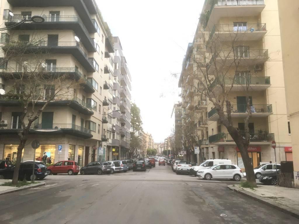 Negozio-locale in Affitto a Palermo Centro:  1 locali, 40 mq  - Foto 1