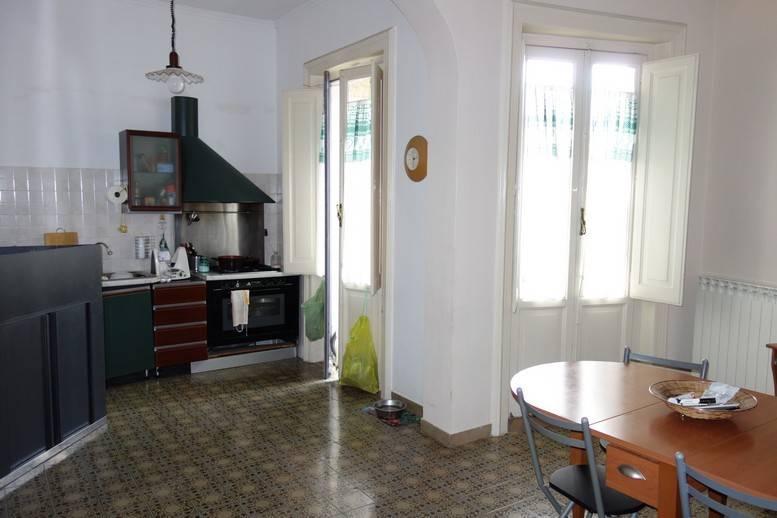 Appartamento in ottime condizioni in affitto Rif. 8662715