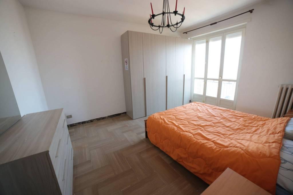 Appartamento in buone condizioni arredato in affitto Rif. 9261433