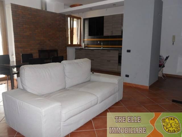 Appartamento in ottime condizioni in vendita Rif. 5770696