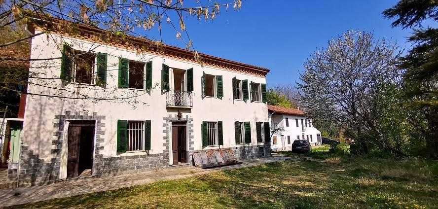 Foto 1 di Rustico / Casale via Santi Grato e Lazzaro, Vigliano D'asti