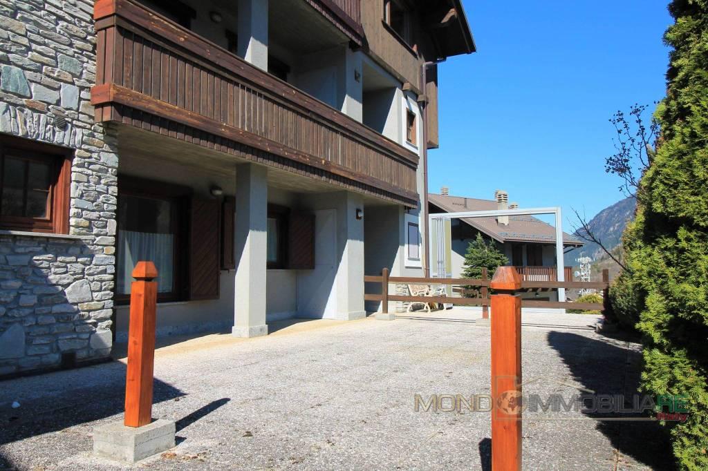Appartamento in ottime condizioni arredato in affitto Rif. 8692639