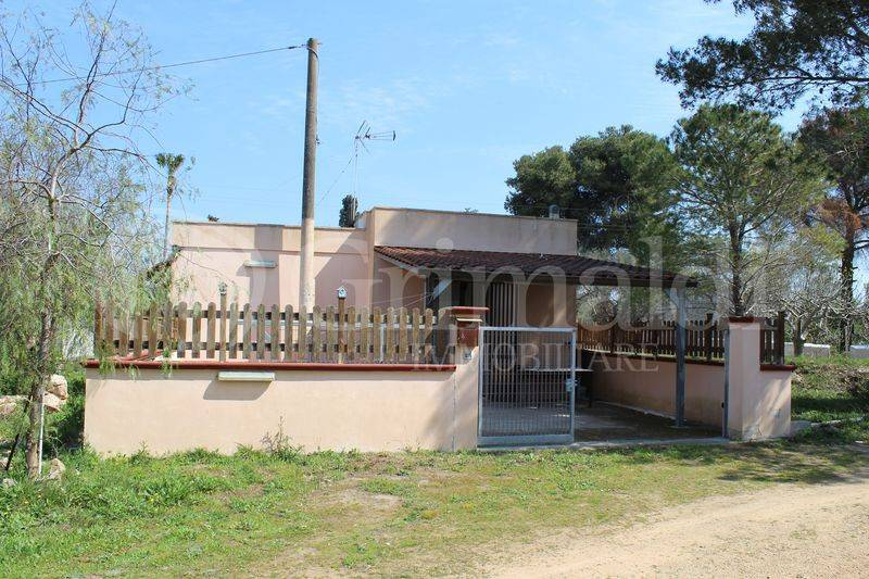 Villa in Vendita a Tuglie Periferia: 2 locali, 573 mq
