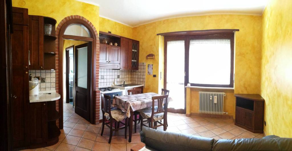 Foto 1 di Bilocale via Torino 88, Lanzo Torinese