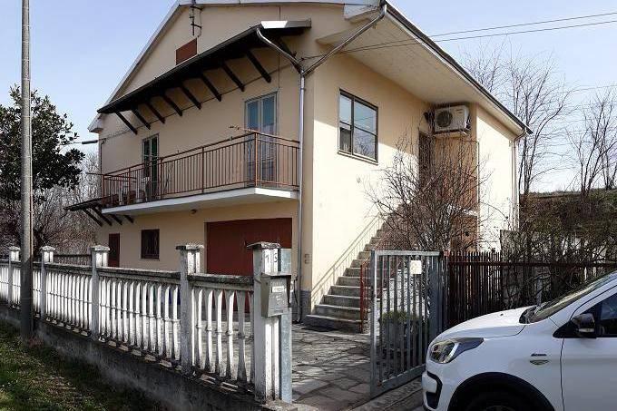 Villa in vendita a Cava Manara, 3 locali, prezzo € 190.000 | CambioCasa.it