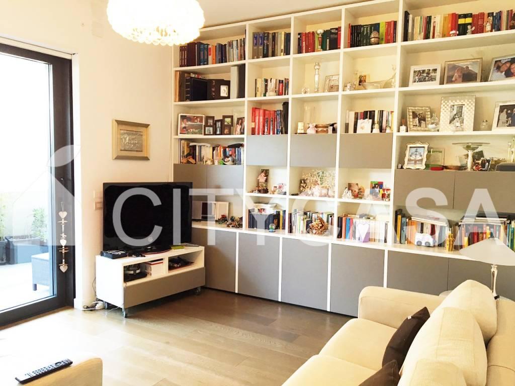 Appartamento in vendita via di Casal Bertone Roma
