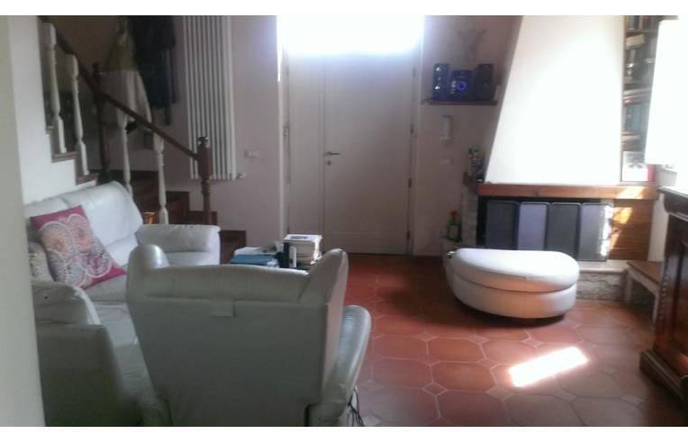 Casa indipendente in Vendita a San Giuliano Terme Periferia: 4 locali, 95 mq