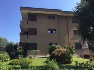 Appartamento in vendita a Bisuschio, 3 locali, prezzo € 145.000 | CambioCasa.it