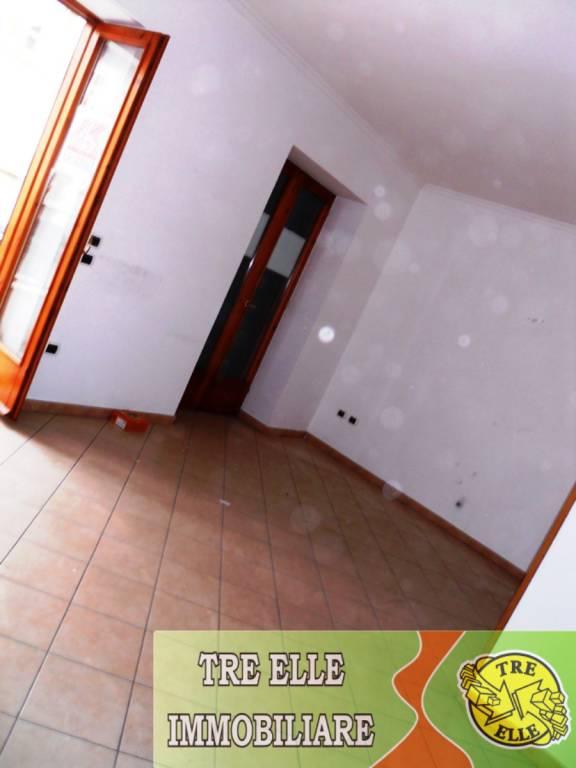 Appartamento in buone condizioni in affitto Rif. 9179294