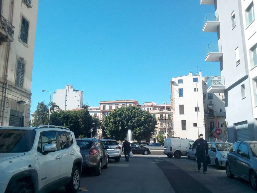 Ufficio-studio in Affitto a Palermo Centro: 2 locali, 60 mq